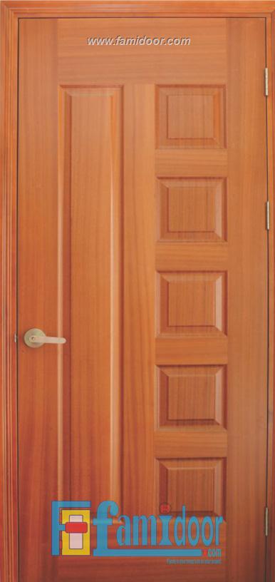Cửa gỗ HDF VENEER 6B-SAPELE tại Showroom Famidoor