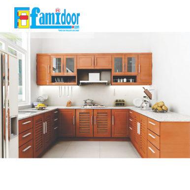 Tủ kệ bếp KP1 tại Showroom Famidoor được làm từ những chất liệu vô cùng cao cấp, đảm bảo về độ bền và khả năng chống chịu tốt nhất trước những tác động từ môi trường bên ngoài.