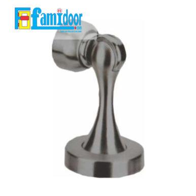 Cục hít chặn cửa FMD.H01 tại Showroom Famidoor làm từ thép Inox, bền, đẹp, có chức năng chống va đập và bảo vệ cửa, ổ khóa cửa tránh các tác động va đập không mong muốn
