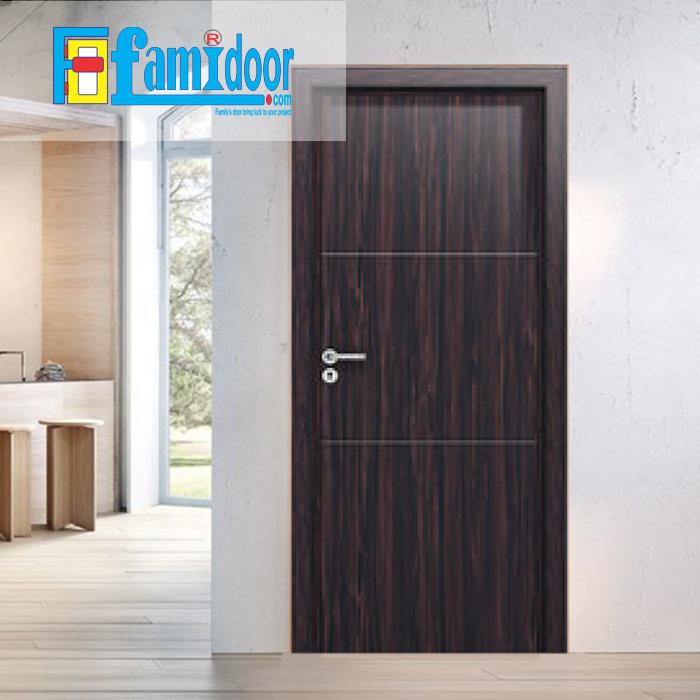 Cửa gỗ MDF LAMINATE L2 tại Showroom Famidoor thuộc dòng sản phẩm cửa gỗ công nghiệp MDF phủ nhựa.