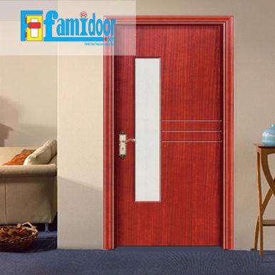 Cửa gỗ cao cấp fmd M-GN2 ở Showroom Famidoor có giá hợp lý, chỉ bằng một nửa giá so với gỗ tự nhiên thật nguyên tấm.