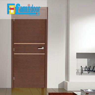 Cửa gỗ cao cấp fmd M-N2 ở Showroom Famidoor có giá hợp lý, chỉ bằng một nửa giá so với gỗ tự nhiên thật nguyên tấm.