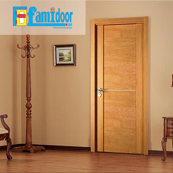 Cửa gỗ cao cấp fmd M-N2D1 ở Showroom Famidoor có giá hợp lý, chỉ bằng một nửa giá so với gỗ tự nhiên thật nguyên tấm.