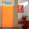 Cửa gỗ cao cấp fmd M P1 ash ở Showroom Famidoor có giá hợp lý, chỉ bằng một nửa giá so với gỗ tự nhiên thật nguyên tấm.