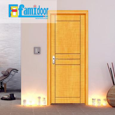 Cửa gỗ cao cấp PVC 1009 ở Showroom Famidoor được phủ một lớp nhựa PVC cao cấp vân gỗ trên bề mặt.