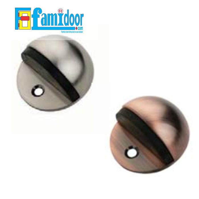 Chặn cửa hình bán nguyệt FMD.C01 tại Showroom Famidoor làm từ thép Inox, bền, đẹp và thẩm mỹ; có chức năng chống va đập và bảo vệ cửa, ổ khóa cửa tránh các tác động va đập không mong muốn.